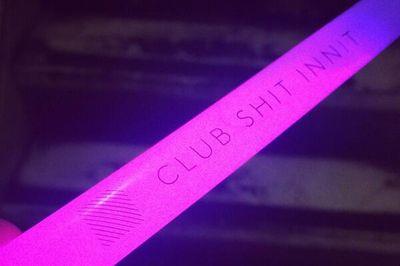 Diagonal-glowstick-590